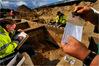 Ausgrabung beim Bau einer Erdgastrasse (Foto: M. Steinmetz)